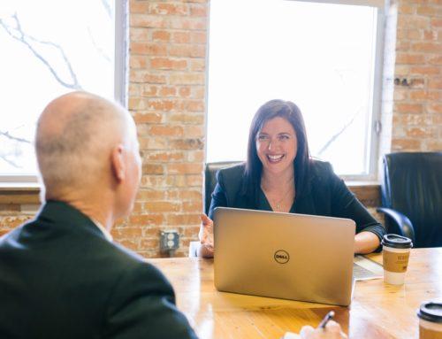 Pistes et astuces pour analyser votre interviewer